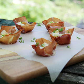 Prosciutto Cups with Apples and Horseradish Cheese.