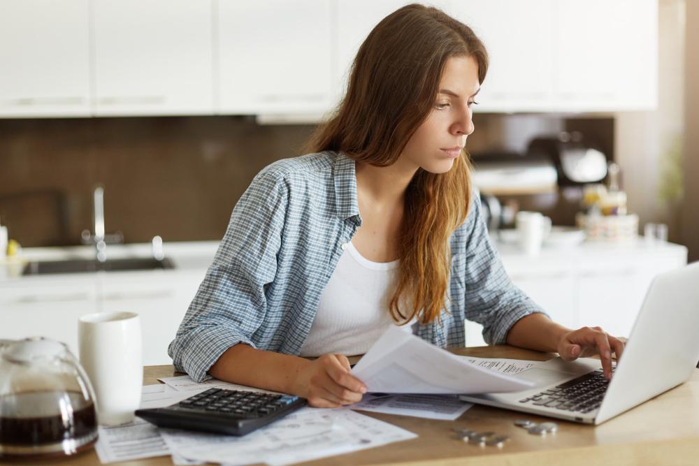 A nota fiscal no e-commerce tem muitas finalidades, ajudando tanto a garantir a legalidade da transação quanto a organizar a contabilidade do negócio (Foto: Freepik)