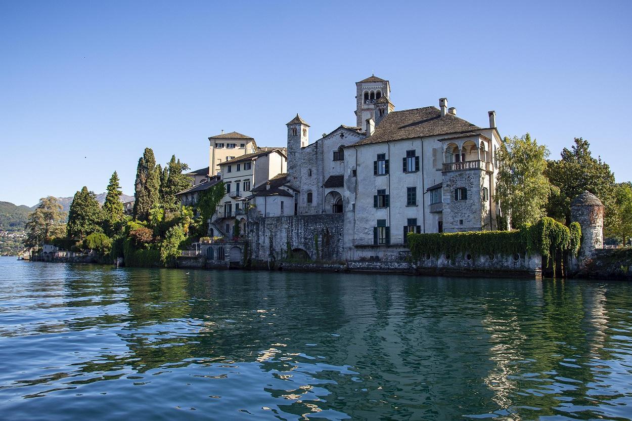 10 #PiemonteStories: Lago d'Orta and St Giulio Island | VisitPiemonte