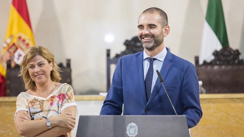 Ramón Fernández-Pacheco, alcalde de Almería, en rueda de prensa