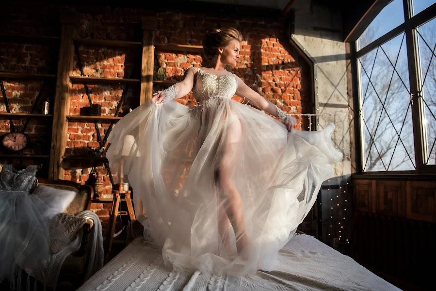 Wedding photographer Sergey Burov (BUROV). Photo of 27.03.2019