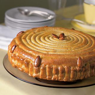 Almond Spiral Cake