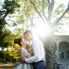 Wedding photographer Vitaliy Karelin (karelinphoto). Photo of 25.10.2016