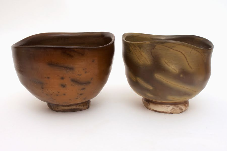 Pair of ceramic tea bowls by Dalloun