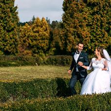 Wedding photographer Vitaliy Fesyuk (vfesiuk). Photo of 02.10.2016