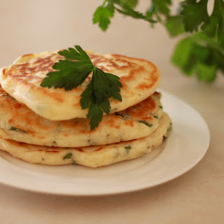 Cheese and Herb Pikelets