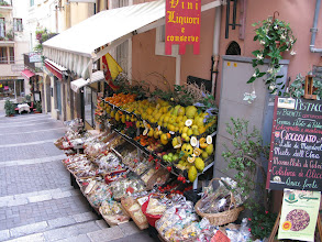 Photo: Green grocery - Sicilian style