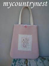 Photo: shopper rosa con stitchery