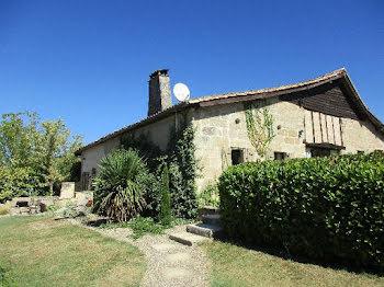 villa à Bourgougnague (47)