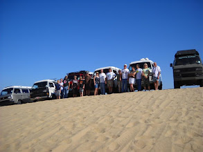 Photo: Driving into the dunes the next day