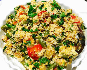 Curried chicken and green beans couscous