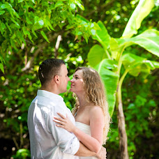 Wedding photographer Elena Bukhtoyarova (lebv64). Photo of 10.11.2014