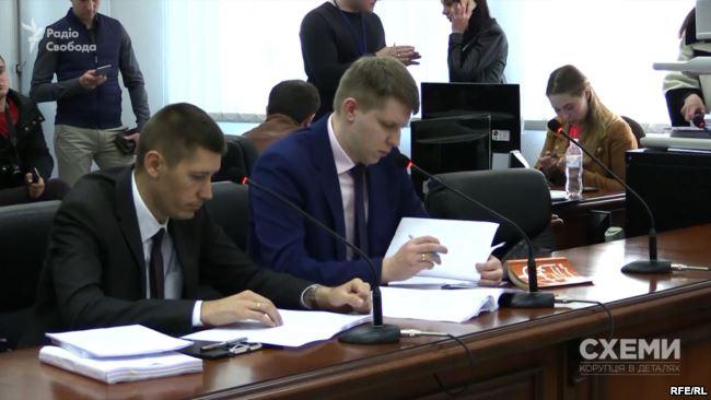 Прокурор Роман Симків заявляє, що скарга адвоката Мартиненка є тиском на прокурорів у справі