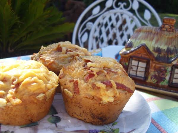 Muffins With Bacon And Cheese