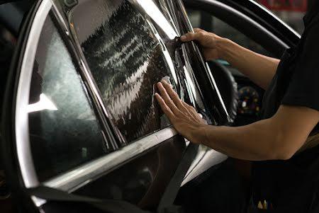 Teintage des vitres de voiture