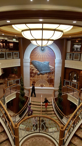 Queen-Victoria-Atrium-vertical - A vertical view of Queen Victoria's Atrium.