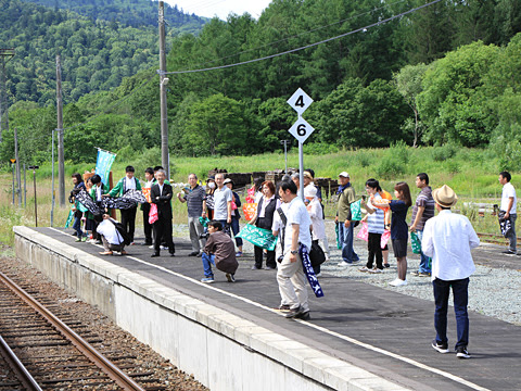 JR北海道 観光列車「風っこそうや」 音威子府にて_25