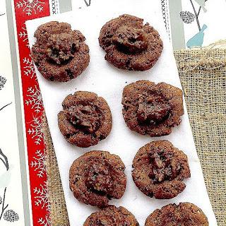 Gluten-Free Gingerbread Cookies w/ Sea Salt Caramel Rum Raisin Filling.