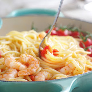 Tomato, Garlic and Prawn Spaghetti