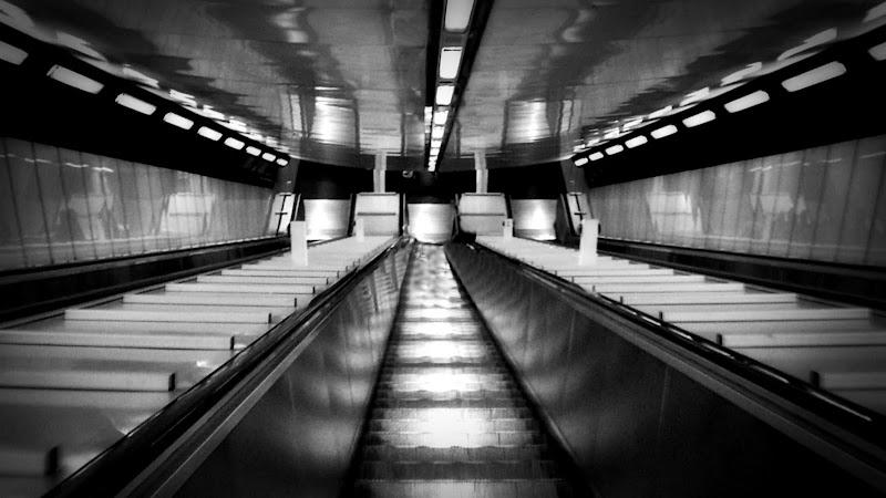 Verso la metro di Carlo de Lauro