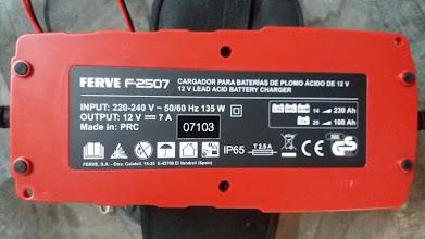 Photo: Características técnicas del cargador