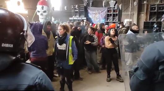 Desalojan una fiesta ilegal con 150 personas desde Nochevieja en Barcelona