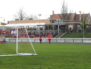 Photo: 17/11/12 v Brodsworth Welfare (Central Midlands League Division North) 4-0 - contributed by Leon Gladwell