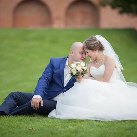 Wedding photographer Alla Uresmetova (allaures). Photo of 16.09.2016