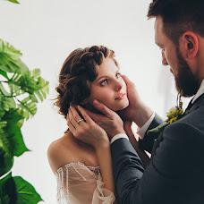 Wedding photographer Mikhail Batenev (mikebatenev). Photo of 01.07.2017