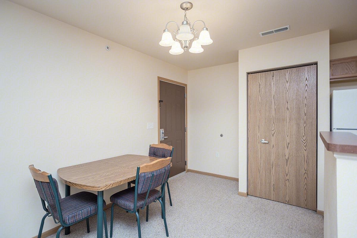 Two Bedroom, Two Bath Floorplan (2 Bed, 2 Bath ...