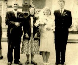 Photo: Od prawej strony : Jan Zubek , Anna Zubek , Bronisława Kula , NN