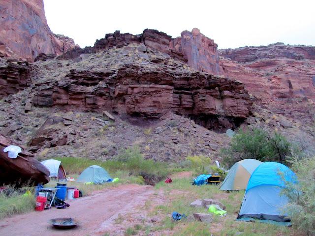 Camp along Hey Joe Road