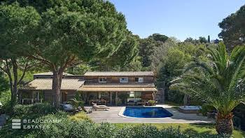 Villa 6 pièces 280 m2