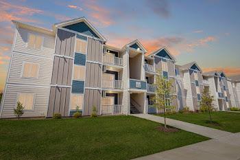Go to Liberty Club Apartments website