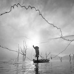 Quang Chài by Trần Bảo Hòa - Landscapes Waterscapes