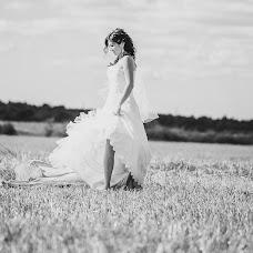 Wedding photographer Viktoriya Kosareva (Kosarevavita). Photo of 09.09.2013