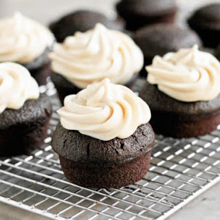 Healthy Vanilla Protein Icing and Healthy Vanilla Protein Frosting Recipe