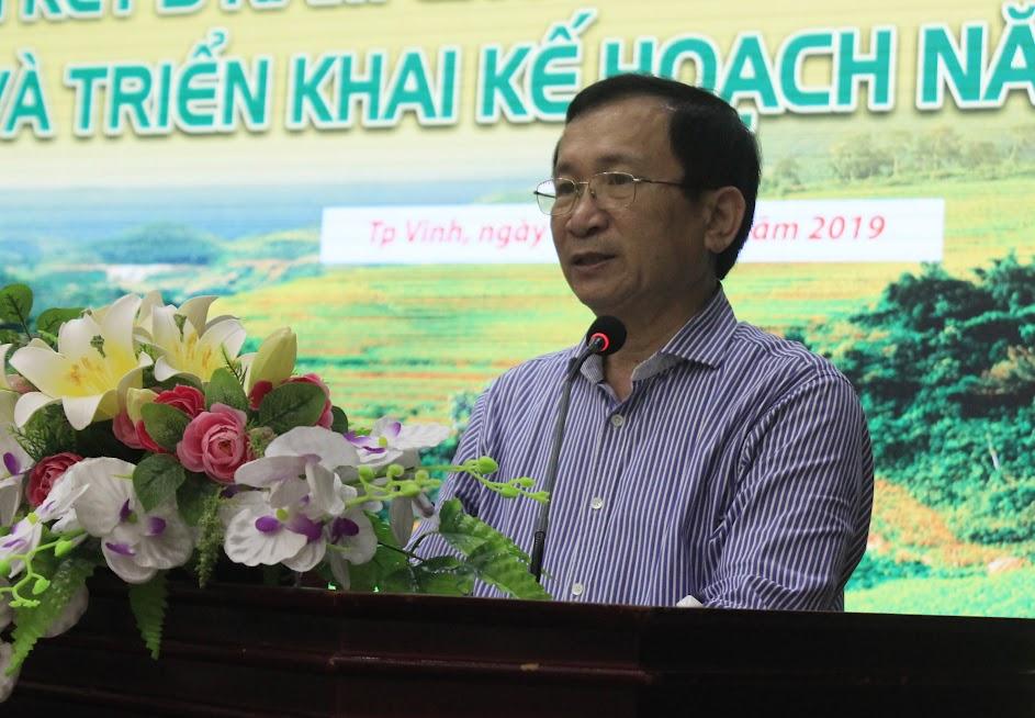 Đồng chí Đinh Viết Hồng, Phó Chủ tịch UBND tỉnh phát biểu