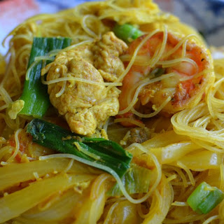 Singapore (curry) Rice Noodles.