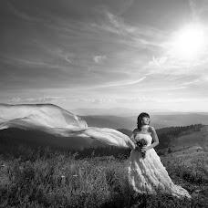 Wedding photographer Oleksandr Shvab (Olexader). Photo of 01.03.2018