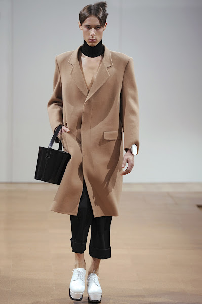 Photo: LOOK EIGHT J.W.ANDERSON AW 2014 MENS SHOW http://www.j-w-anderson.com/1/fall-2014/collection.html