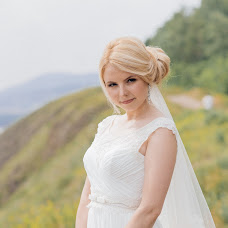 Wedding photographer Tatyana Savickaya (tan880). Photo of 10.04.2017