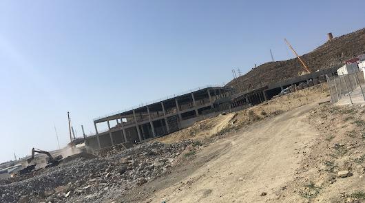 La estructura comercial en El Canario ya empieza a remontar en la Cuesta de los Callejones de Huércal de Almería.
