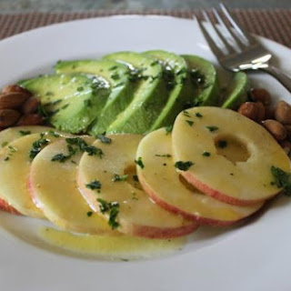 Avocado & Apple Salad (Ensalada de Aguacate y Manzana)