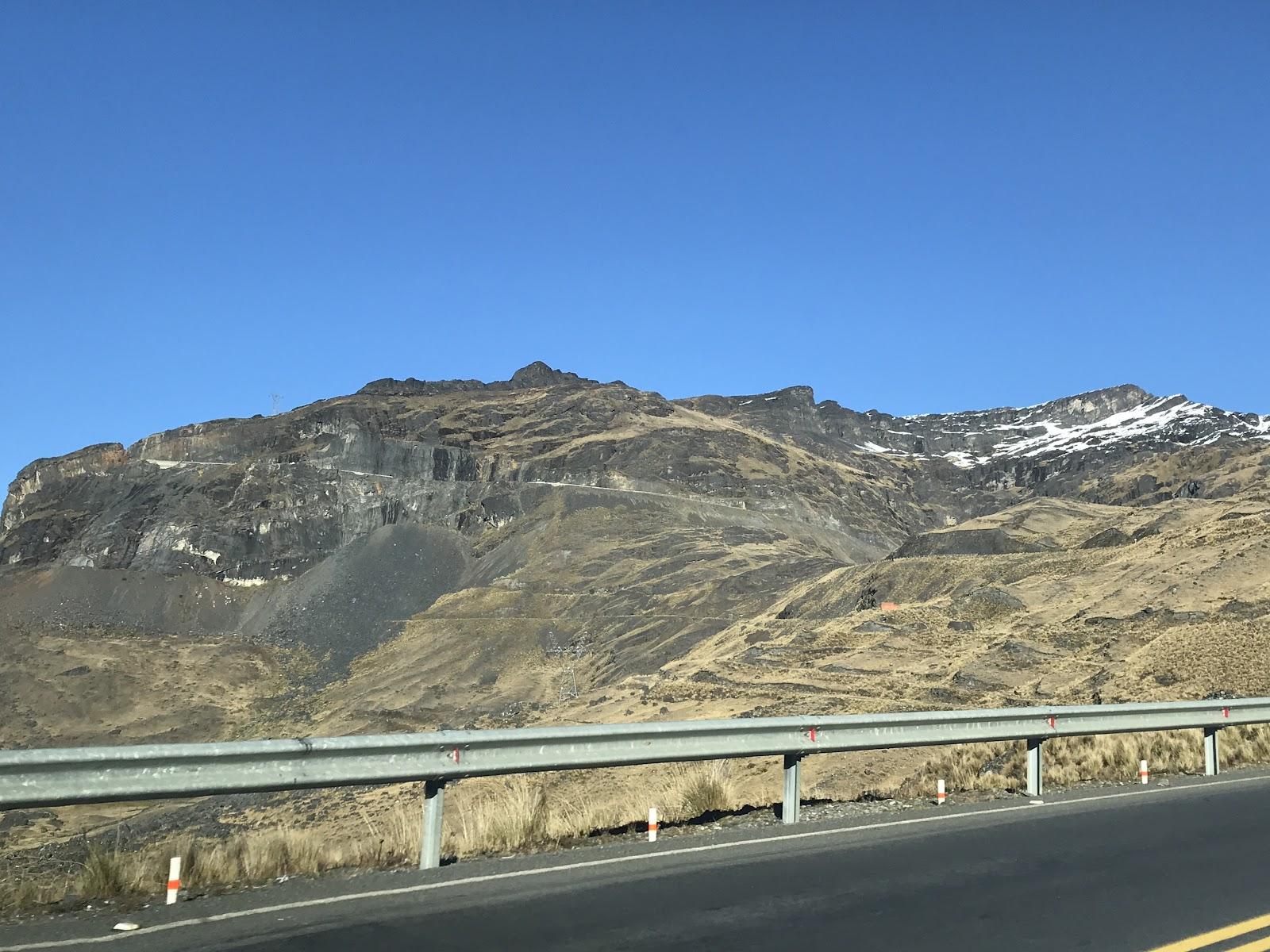 Grade in the mountain on hwy 9 close to La Cumbre Peak