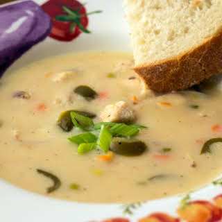 Slow Cooker Jalapeno Chicken Beer Cheese Soup.
