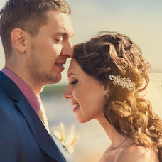 Wedding photographer Artem Kuznecov (ArtemKuzneczov). Photo of 02.11.2013