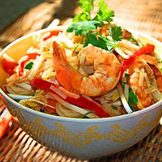 Pad Thai Noodle Salad (gluten-free/low carb!)