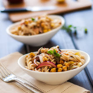 Greek Pasta Salad with Roasted Chickpeas.