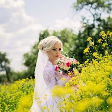 Wedding photographer Anya Volkova (anna19). Photo of 13.01.2018